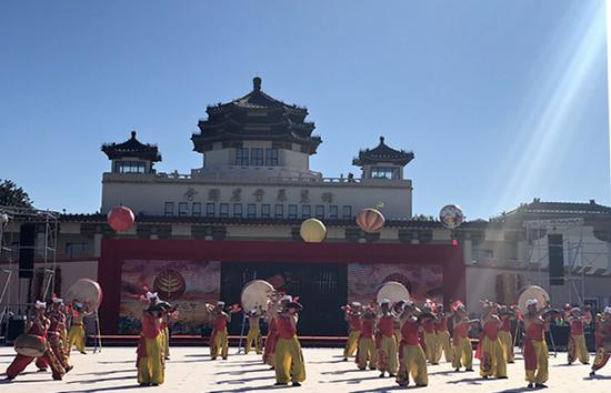 北京主会场文艺演出现场。