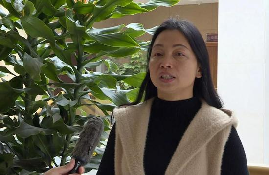 建水县计划生育协会 秘书长魏海红接受采访