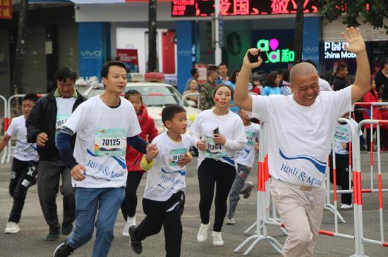 赛事吸引了各年龄阶段选手参赛(永兆云 摄)
