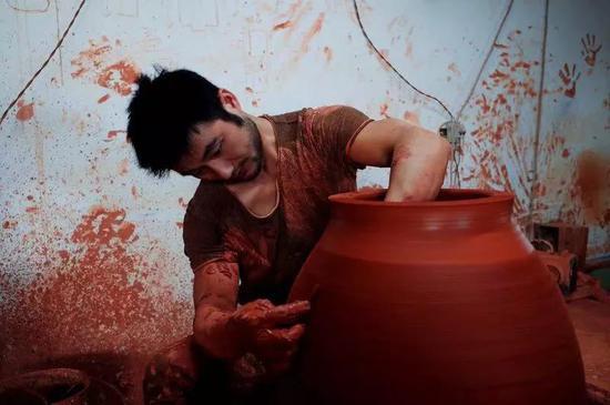 导师用镜头讲故事 云南建水的万种风情和人文往事