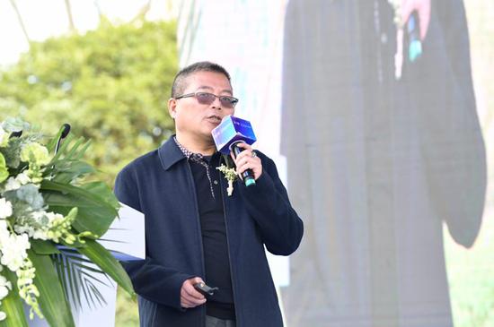 云南大学国际学院院长、教授、旅游学专家李伟致辞