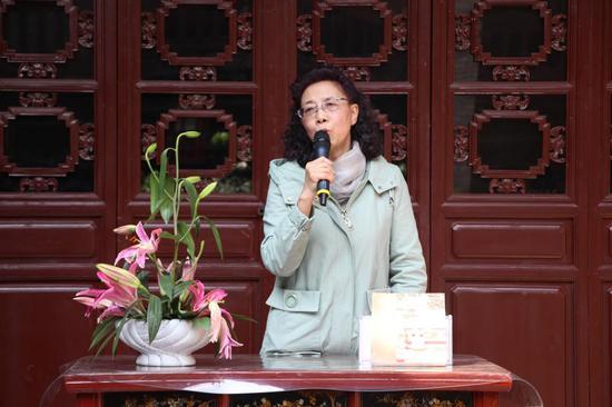 故宫刘宝健老师现场讲述贡茶普洱的故事