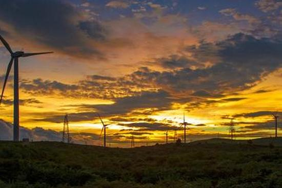 """无人机视角下的云岭""""绿色能源"""""""