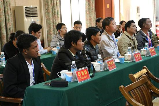 缅方媒体记者代表