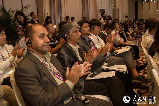 第二届中国—南亚合作论坛举行 人民网 薛丹 摄