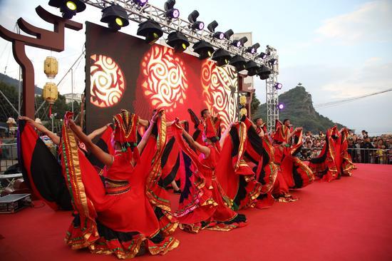 仙湖狂欢晚会节目演出