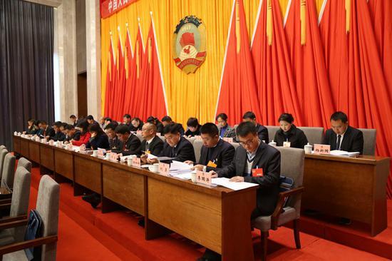 政协龙陵县第九届委员会第四次会议第一次全体会议隆重召开