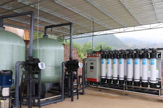 者东镇仔猪繁育场自动化净水系统