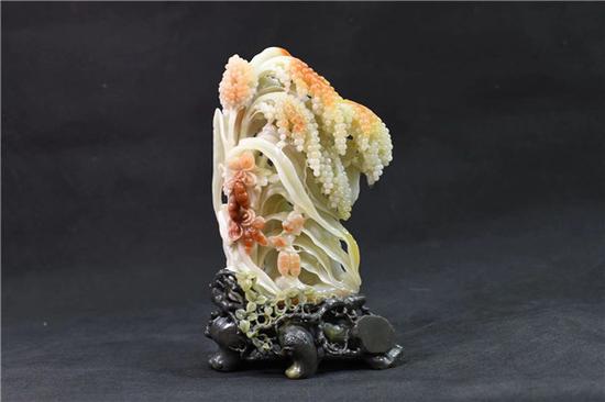 昌江玉雕《红高粱》,中国工艺美术大师周金甫作品