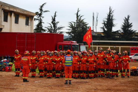 超燃!云南开展地震救援跨区域实战演练 1200余人参与