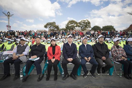 """""""水滴""""点亮春城 昆明开启迎接COP15系列宣传活动"""