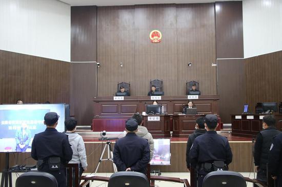 鎮沅縣人民檢察院邀請人民監督員對檢察官出庭公訴活動進行監