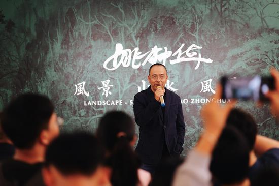 昆明当代美术馆馆长聂荣庆先生进行致辞