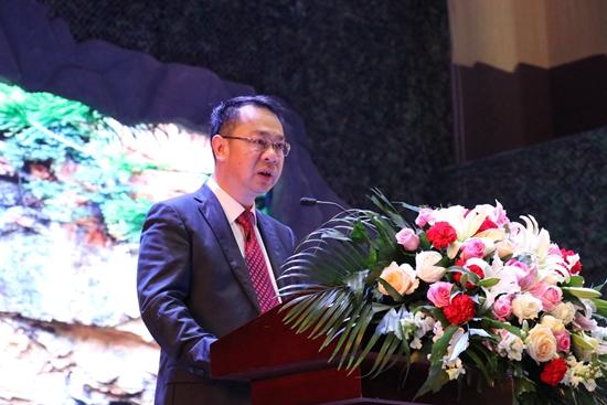 麻栗坡县委书记刘扬