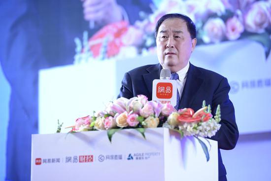 中国社会科学院研究生院城乡建设经济系主任 陈淮