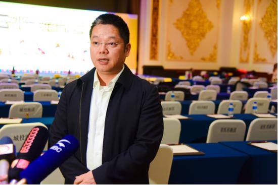 云南白药集团股份有限公司 药品事业部副总经理兼市场总监林海军先生接受