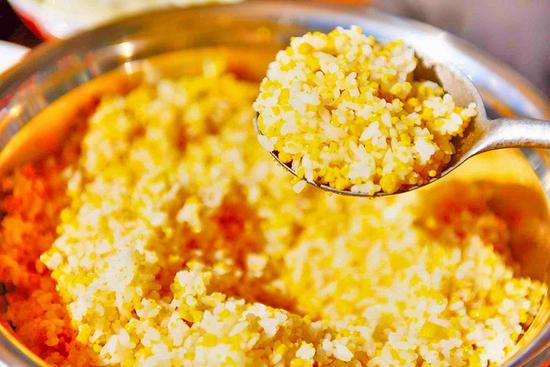 云南昌宁:金黄的面馃喷香的乡愁