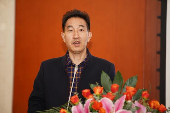 云南报业文化投资发展有限公司董事长 张建文