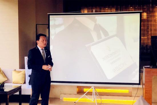 昆明洲际酒店首席礼宾司李建林介绍洲际特色礼宾服务