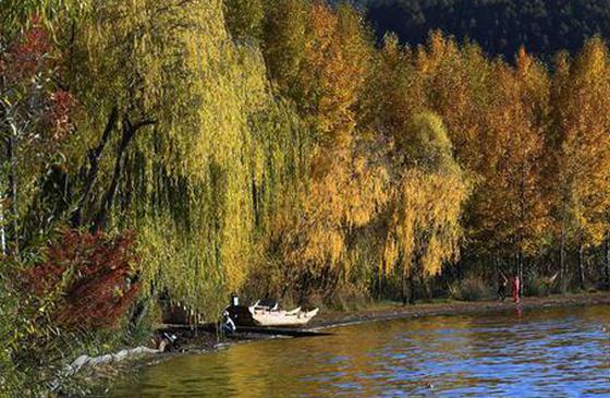 高清图丨云南丽江:泸沽湖景色惹人醉
