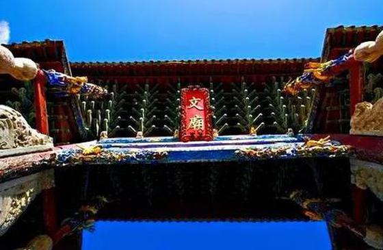 到云南建水文庙 染一身书香