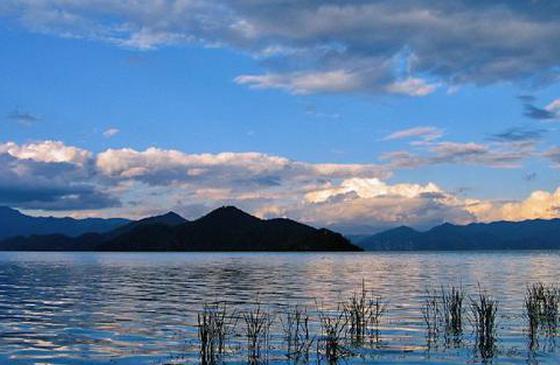 高清图丨泸沽湖湖光山色 深邃如梦的天宫瑶池