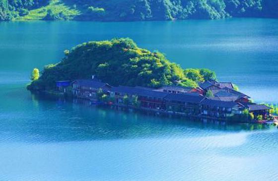 高清图丨绿水青山泸沽湖:美若仙境 如最后一片净土