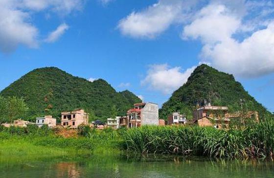 高清图丨昆明八宝河:喀斯特地貌的山,碧绿的水