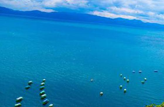 高清图丨山水之间慢时光 抚仙湖碧波万顷风光美