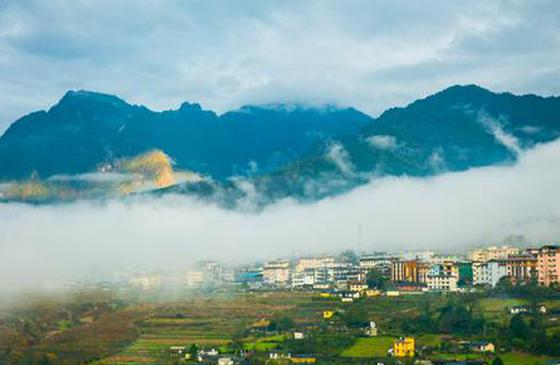 高清图丨怒江丙中洛:云雾缭绕恍若仙境