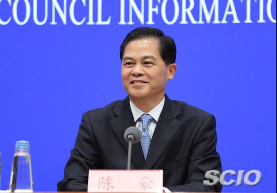 云南省委书记陈豪作现场发布。张馨 摄