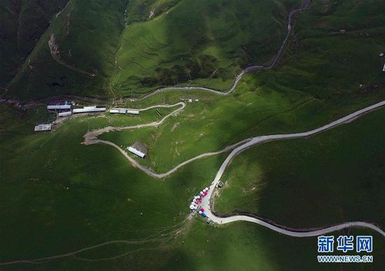 这是大海草山风光(8月27日无人机拍摄)。新华社记者杨宗友摄