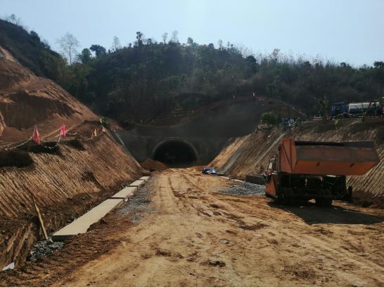 正在建设的白沙水隧道