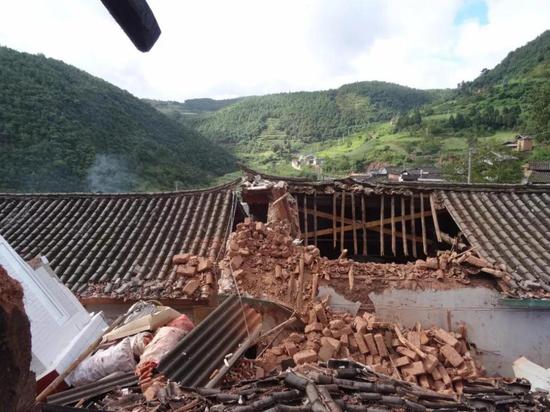 暴雨致楚雄姚安县大河口乡农房受损