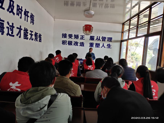 """云南龙陵龙新:""""三个全力""""推进扫黑除恶专项斗争"""