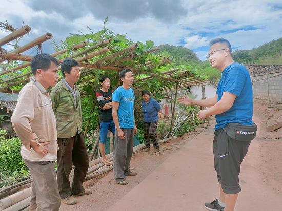 镇沅采取七项措施全力整治农村人居环境