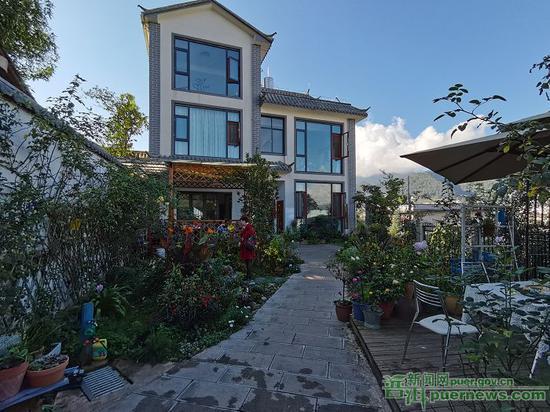 美丽的家居庭院。
