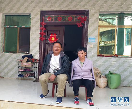 张顺东、李国秀夫妻。新华网发(供图)