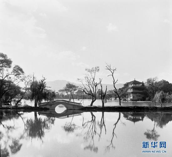 天高云淡的大观公园(杨长福拍摄于上世纪70年代)