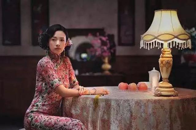 章子怡旗袍造型优雅妩媚 诠释东方女性韵味