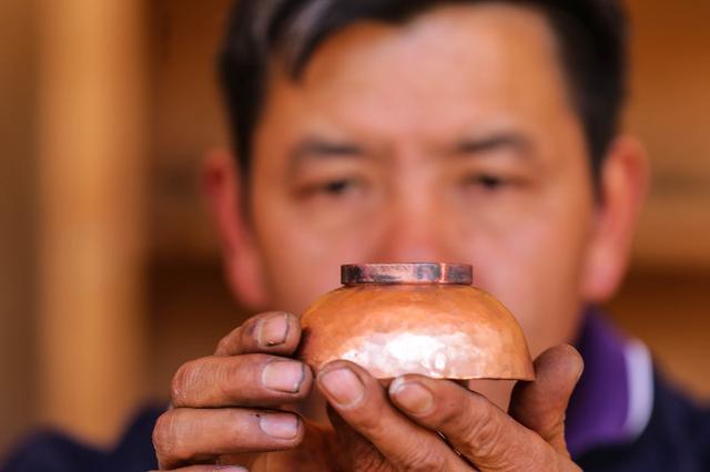 【视频】和善均:传承千古纳西制铜工艺