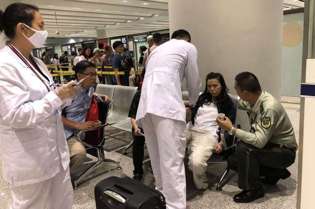 昆明边检站紧急救助一名低血糖晕厥香港同胞