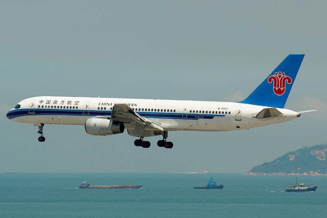 中国南方航空首次亮相南博会