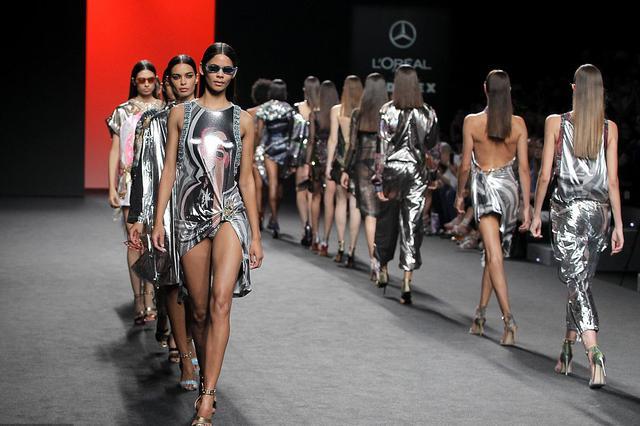 2019春夏马德里时装周:Custo Barcelona 品牌秀场