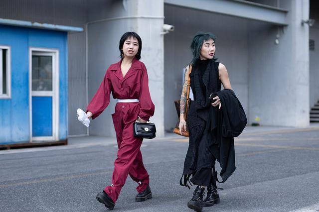 2019春夏上海时装周:潮人街拍