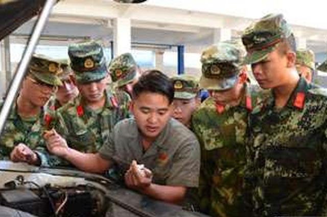 云南临沧边防支队完成2018年度汽车兵培训