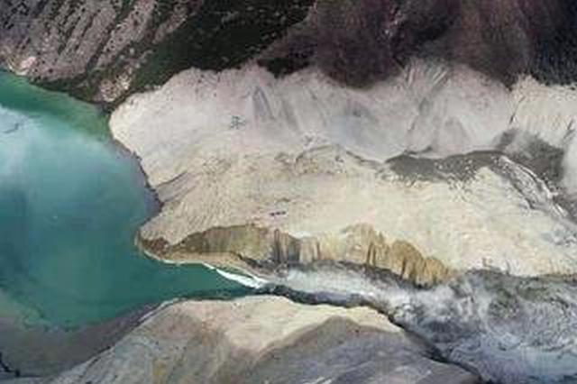 金沙江堰塞湖洪峰过滇 云南展开生产自救