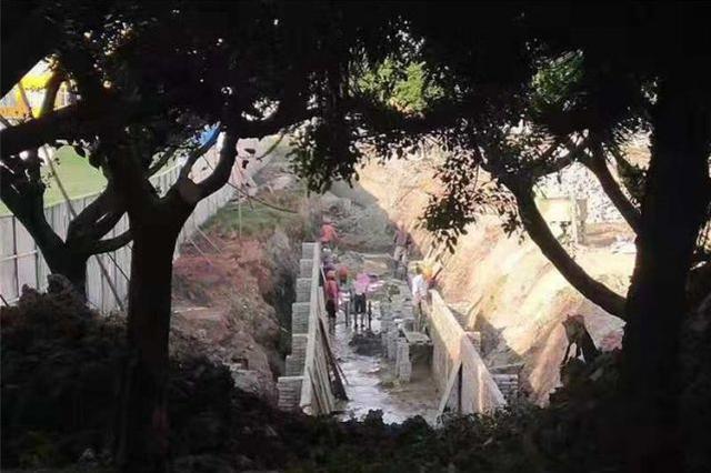 """视频︱减少城市河道污染 云南保山向黑臭水体说""""不"""