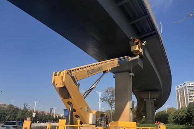 """实现在线预警 昆明8座桥梁安装监测""""神器"""""""
