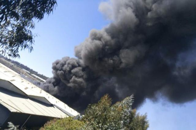 突发!昆明呈贡区一仓库发生火灾 火被扑灭无人员伤亡